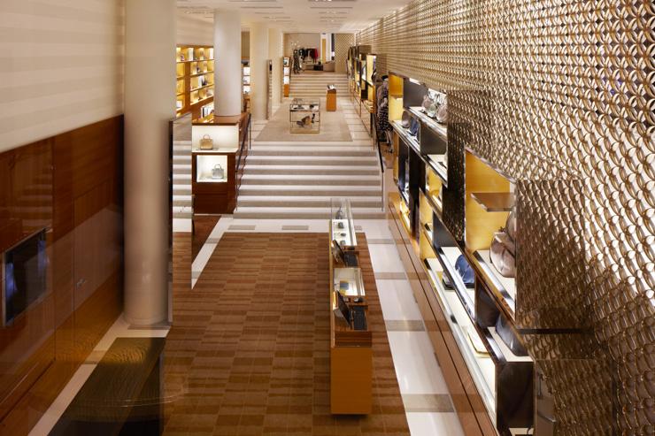 177a6e6bc5735 Louis Vuitton Champs Elysées | YONDER