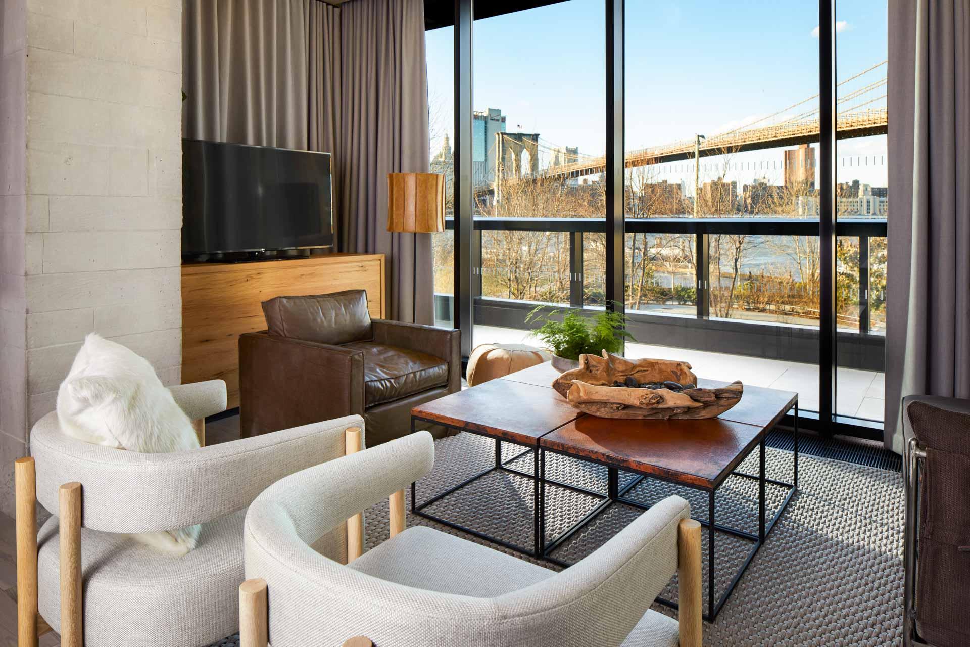 ... contrastent avec les parties communes de l'hôtel, comme le lounge Sweet Grass
