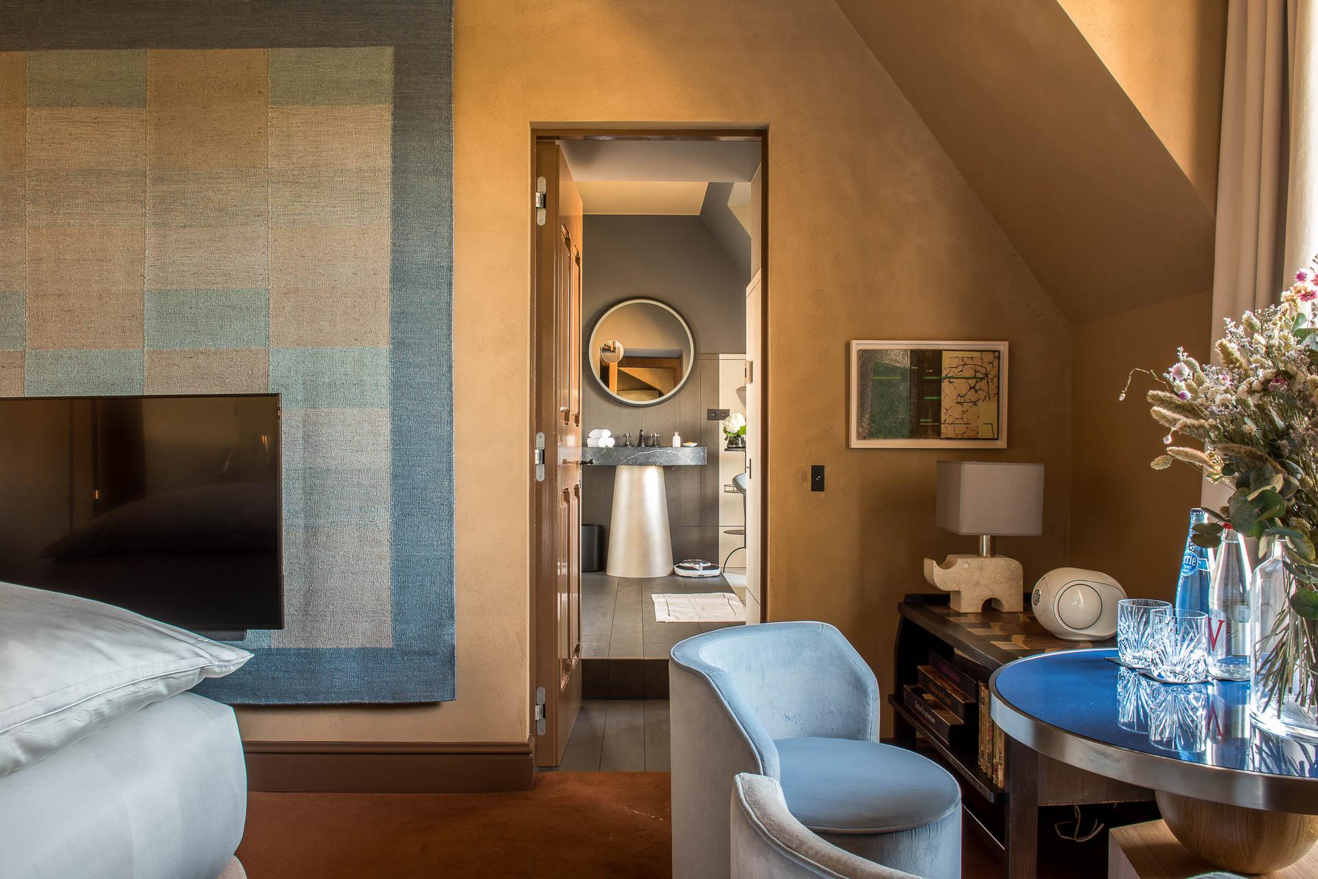 Au 3ème étage, 4 chambres, moins spacieuses mais tout aussi élégantes ont été aménagées