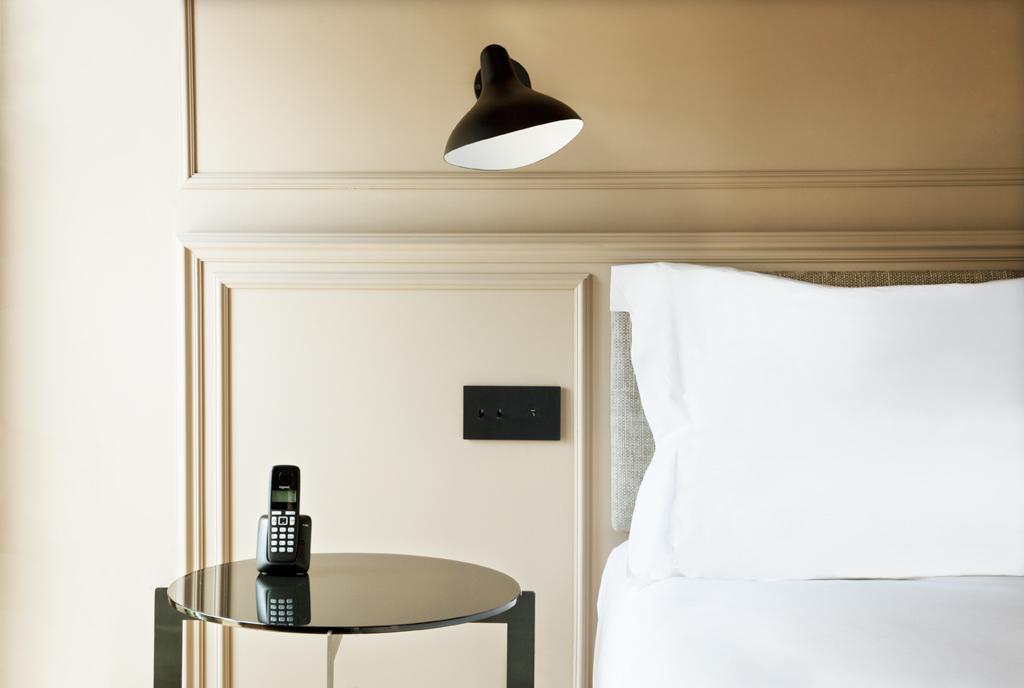 Les intérieurs de l'hôtel ont été réalisés par l'agence de design Corium, basée à Barcelone