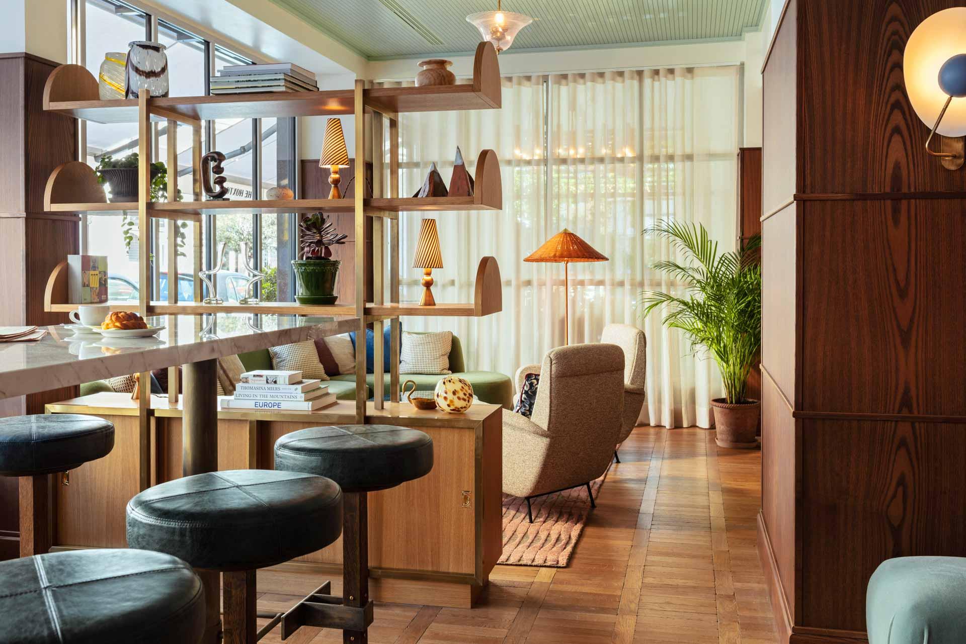 Cugino, le bar – café monté en collaboration avec le restaurant local Manigold