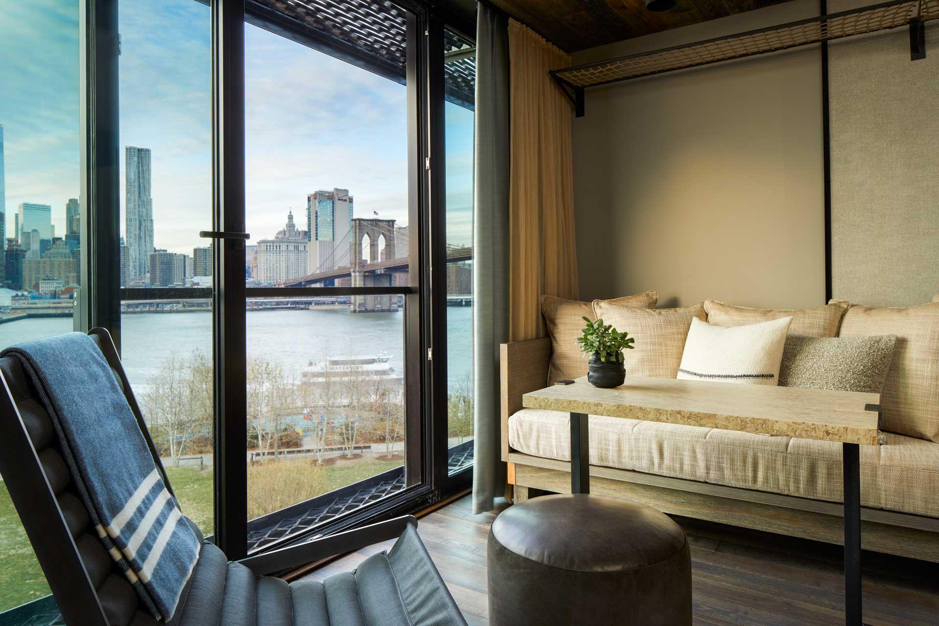 D'autres chambres et suites offrent, quant à elles, des vues à couper le souffle sur l'iconique Brooklyn Bridge