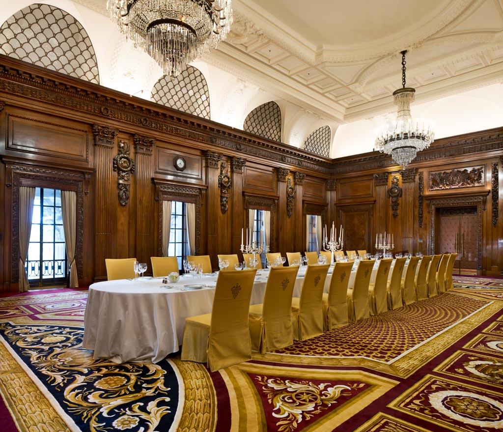 Les espaces de réception de l'hôtel sont également parmi les plus luxueux de Londres