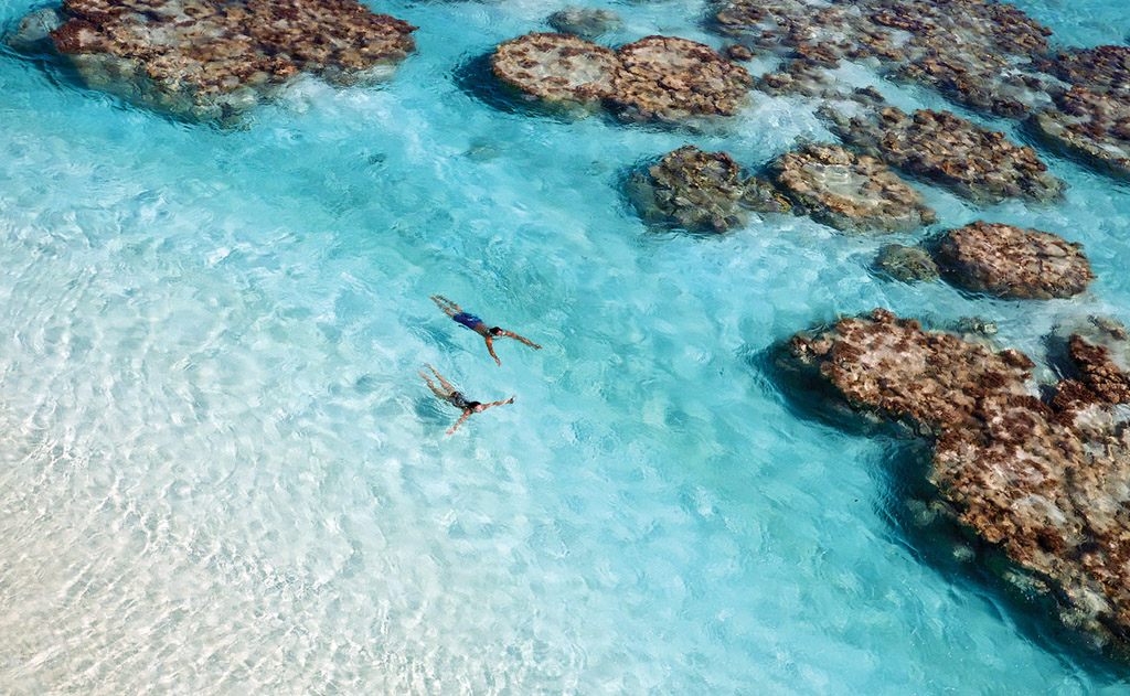 Sur l'île, les activités aquatiques semblent infinies