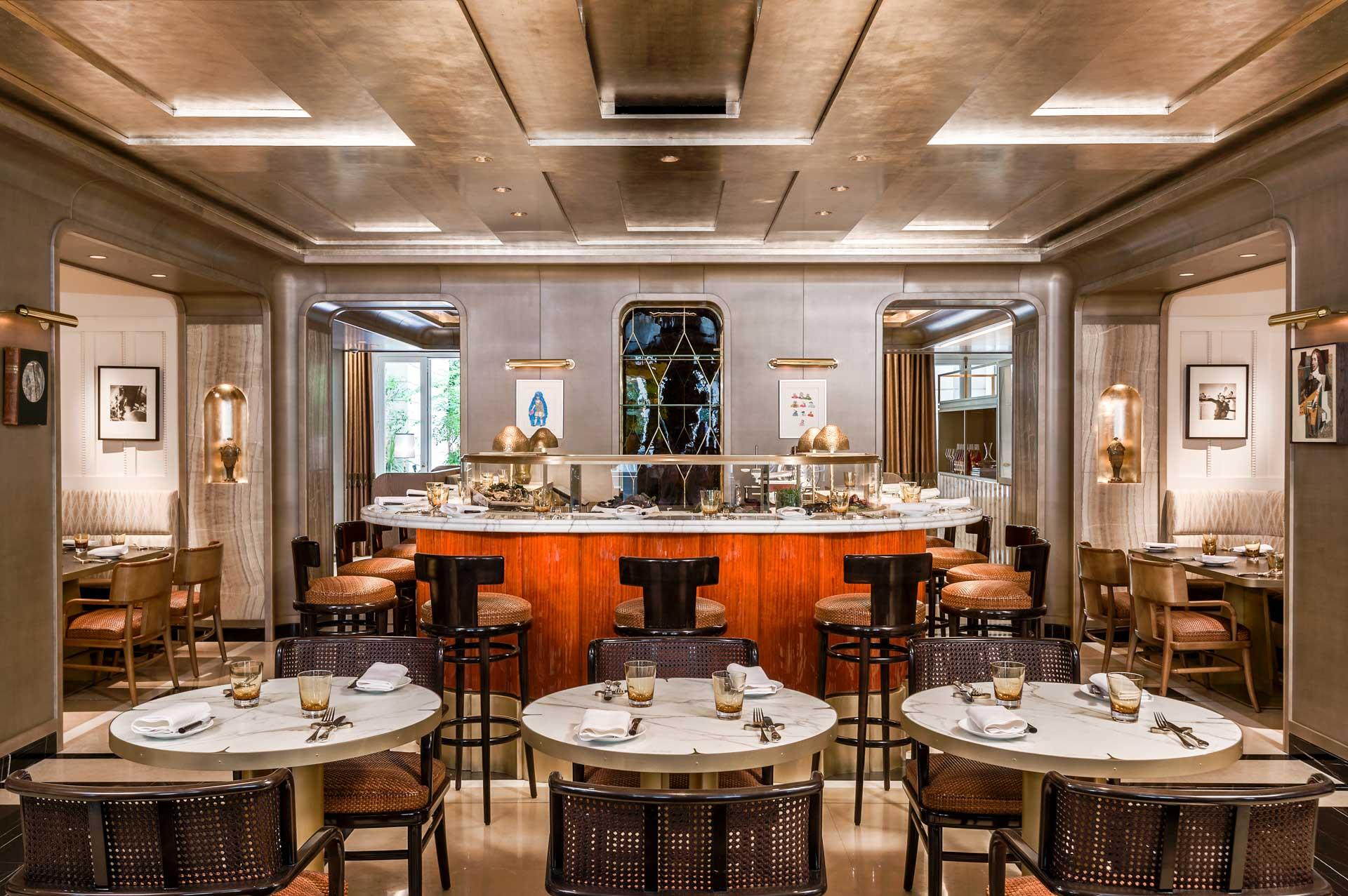 La chic La Brasserie d'Aumont, ouverte midi et soir, 7 jours sur 7, a quant à elle, été confiée au Chef Justin Schmitt