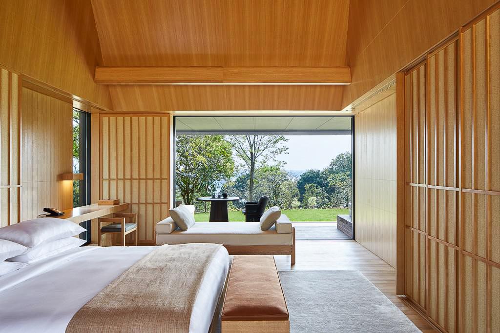 Les chambres sont construites en matériaux naturels.