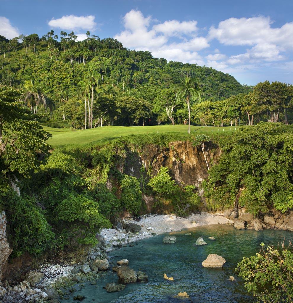 Entre jungle et océan, un parcours de golf imaginé par le fils de Robert Trent Jones, Sr