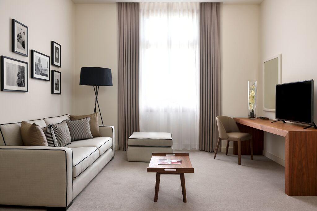 Les suites offrent des intérieurs particulièrement élégants