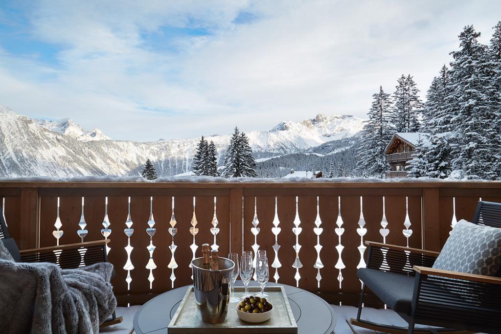 Les penthouse disposent de vastes terrasses, pour profiter de splendides vues sur les montagnes
