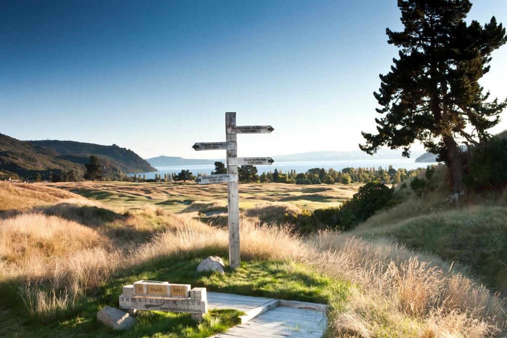Mais c'est certainement à l'extérieur, sur le parcours de golf, que le spectacle est le plus impressionnant