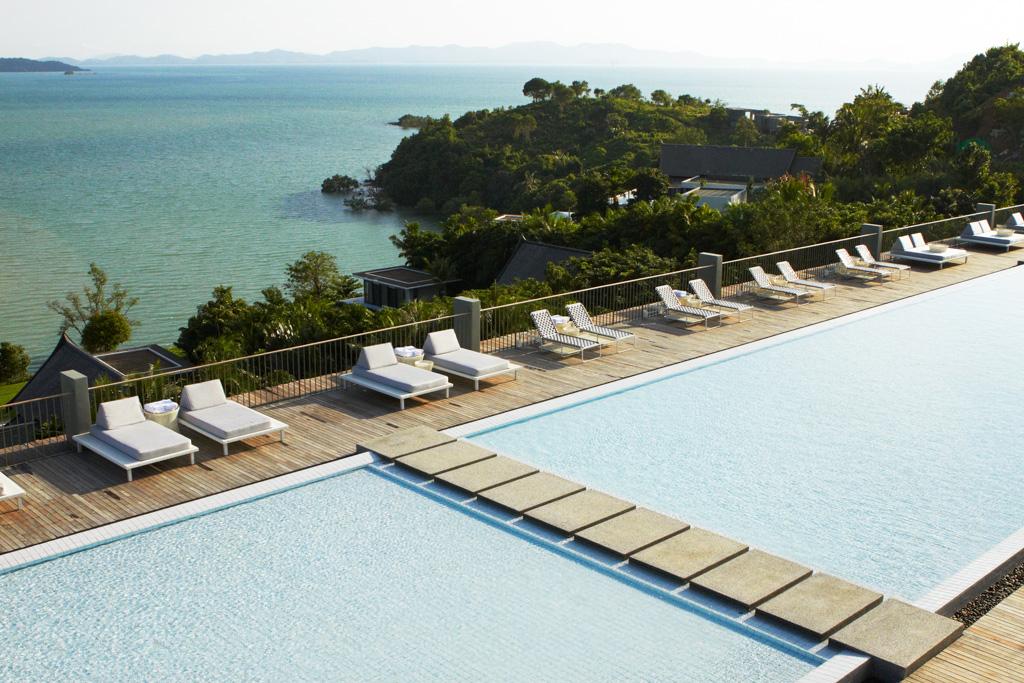 Villas Point Yamu by COMO à Phuket - Les piscines surplombent la mer
