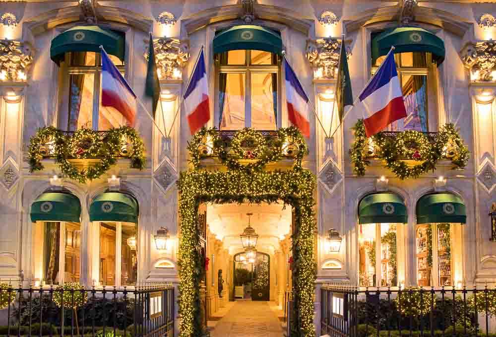 Façade du restaurant © Le Clarence Paris
