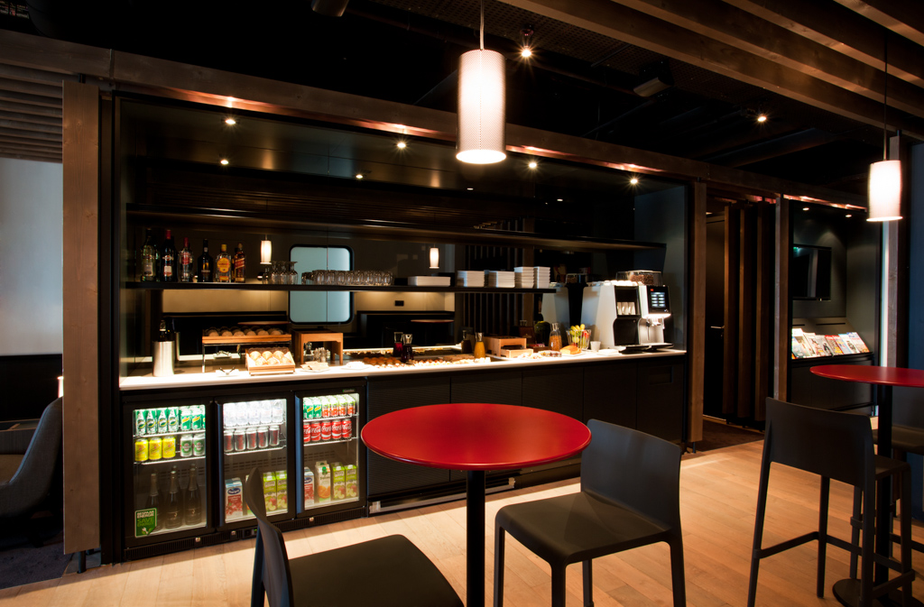 OpenSkies - Lounge 212 Orly West - Paris Orly - Bar
