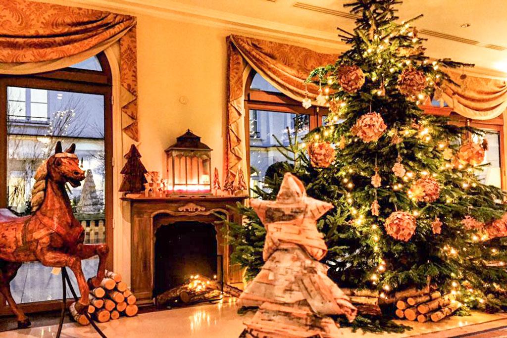 Auberge du Jeu de Paume (Chantilly) - Lobby - Noël 2016