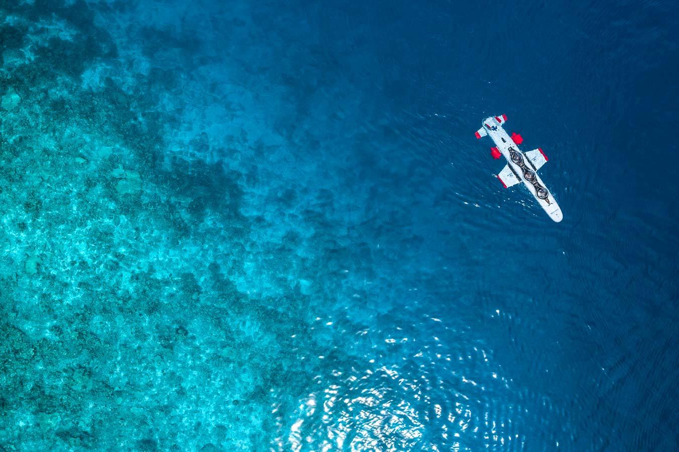 Four Seasons Maldives at Landaa Giraavaru - Sous-marin Super Falcon 3S - Vue aérienne