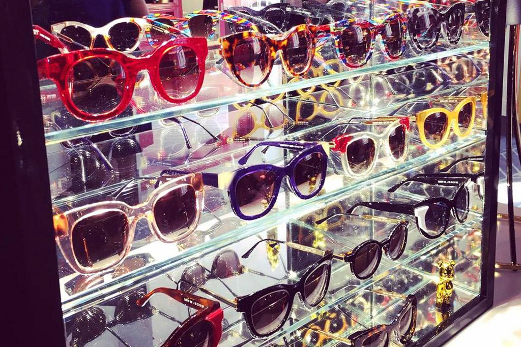 Des lunettes, des lunettes et toujours des lunettes ©Whotel