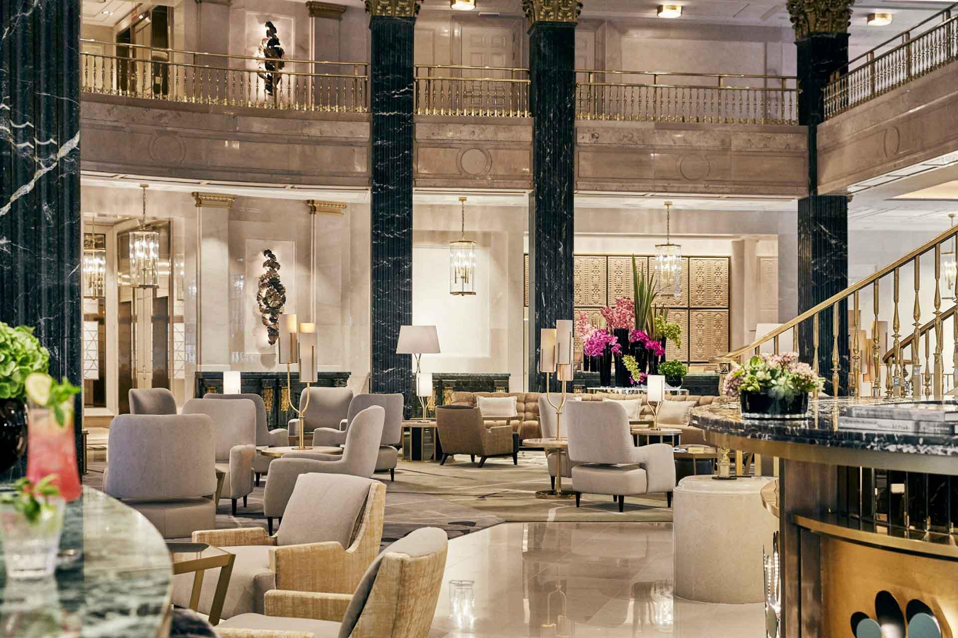 Le lobby du Four Seasons Hotel Madrid © DR