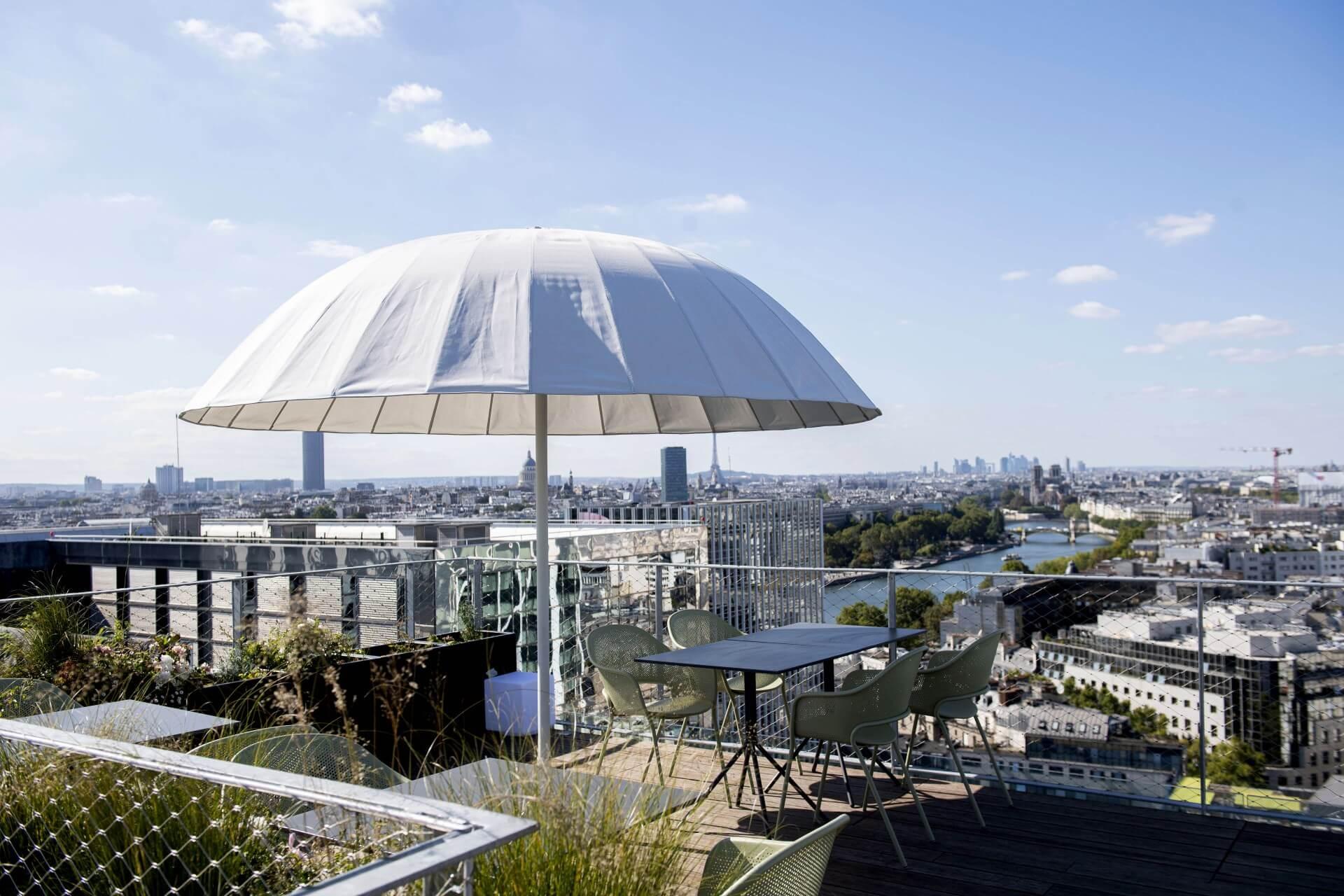 Le rooftop Laho à côté de la gare de Lyon