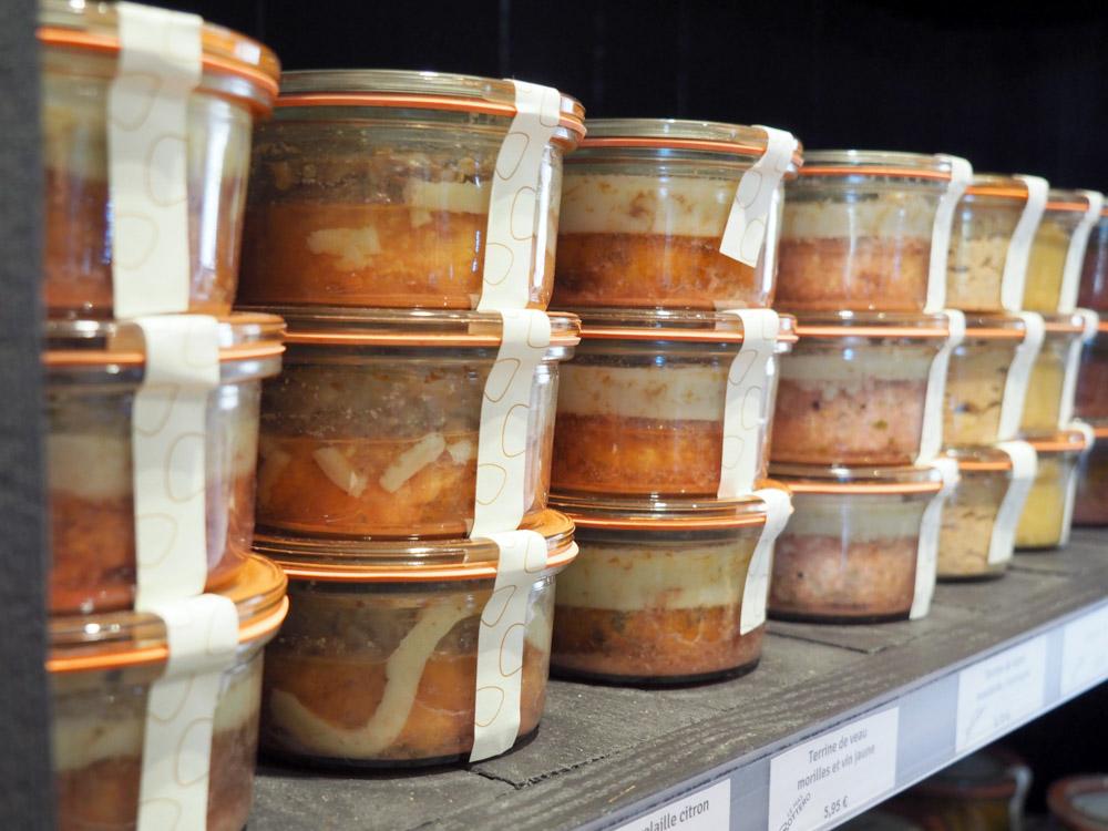 En plus d'un menu, on en profite pour faire le plein de produits faits maison au Mas Bottero