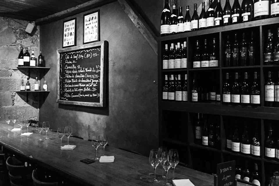 Le Rouge et le blanc (Bar à vin à Genève)