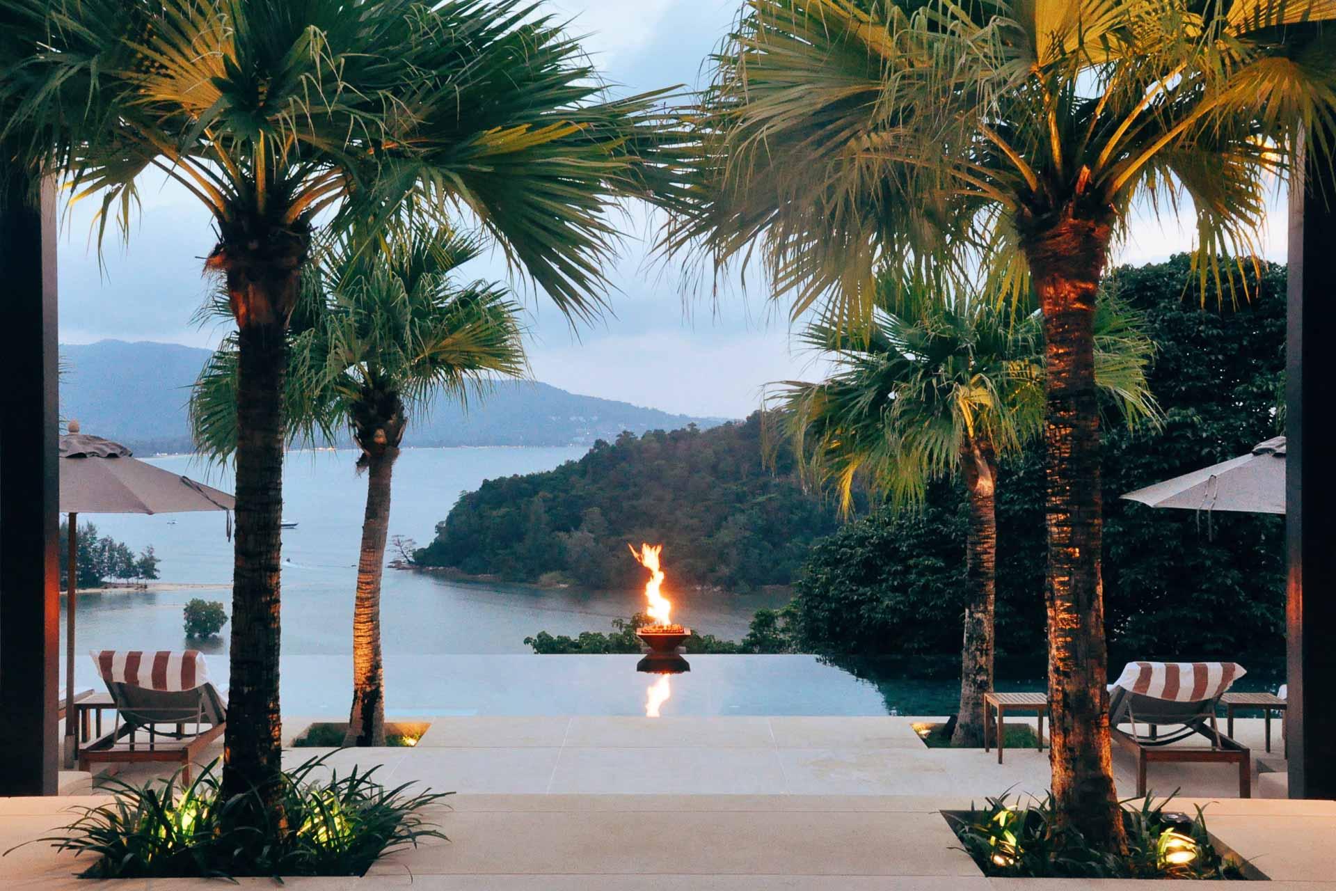La rédaction de YONDER s'est envolée vers la Thaïlande, le pays du sourire, pour séjourner au splendide Anantara Layan Resort de Phuket. Baie luxuriante et service aux petits soins, on vous partage notre belle expérience au cœur de cette île enchanteresse.
