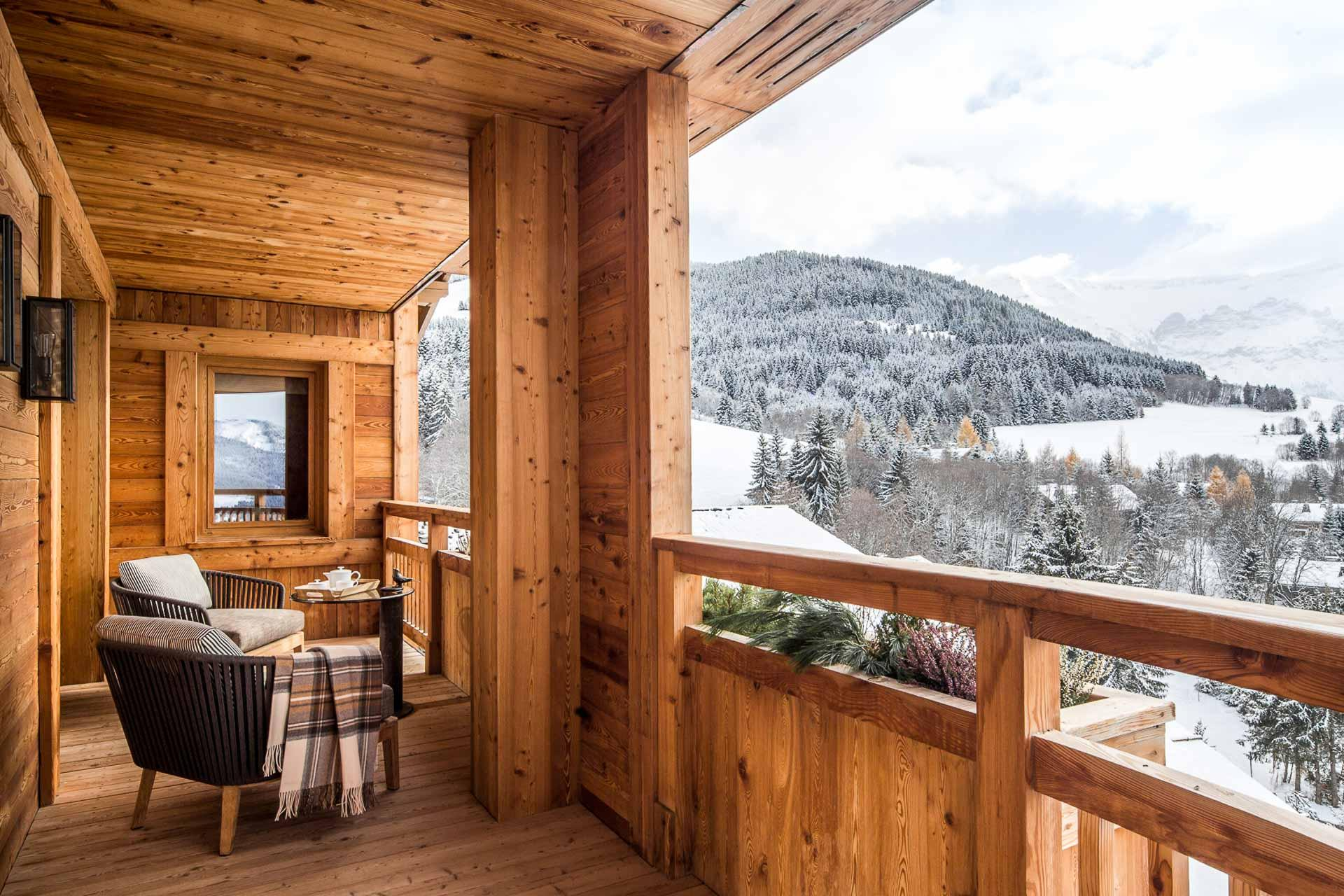 Quels sont les meilleurs hôtels de Megève et plus beaux chalets de la plus chic des stations de ski de Haute-Savoie ? Découvrez la sélection complète de la rédaction.