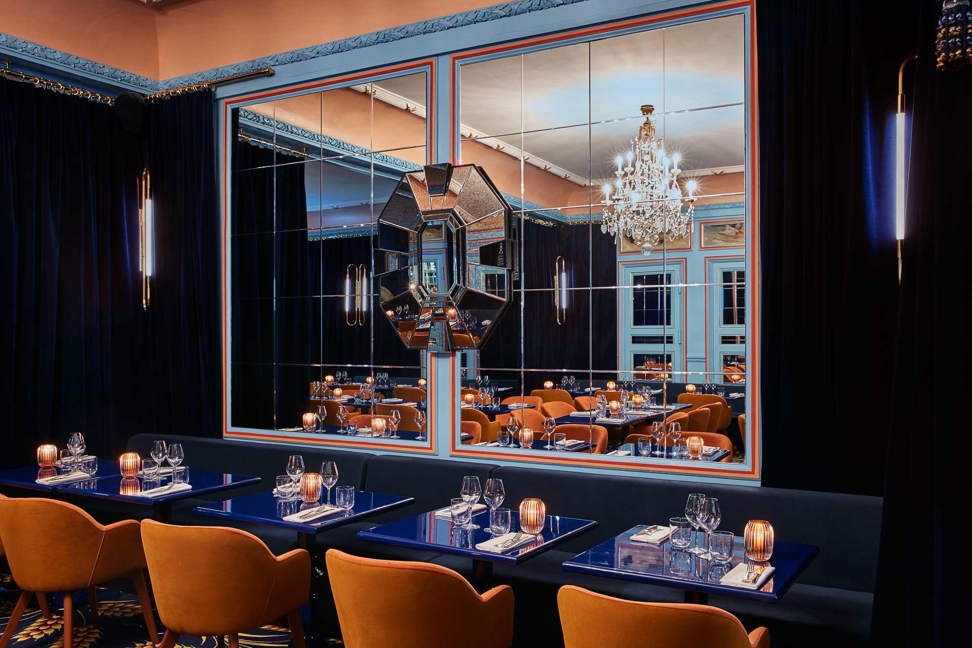 Casting 5-étoiles pour le tout nouveau restaurant du Théâtre Edouard VII dans le 9ème arrondissement. Réunis par Moma Group, le chef Juan Arbelaez et le créateur Alexis Mabille signent Froufrou, la nouvelle table parisienne la plus glamour du moment.