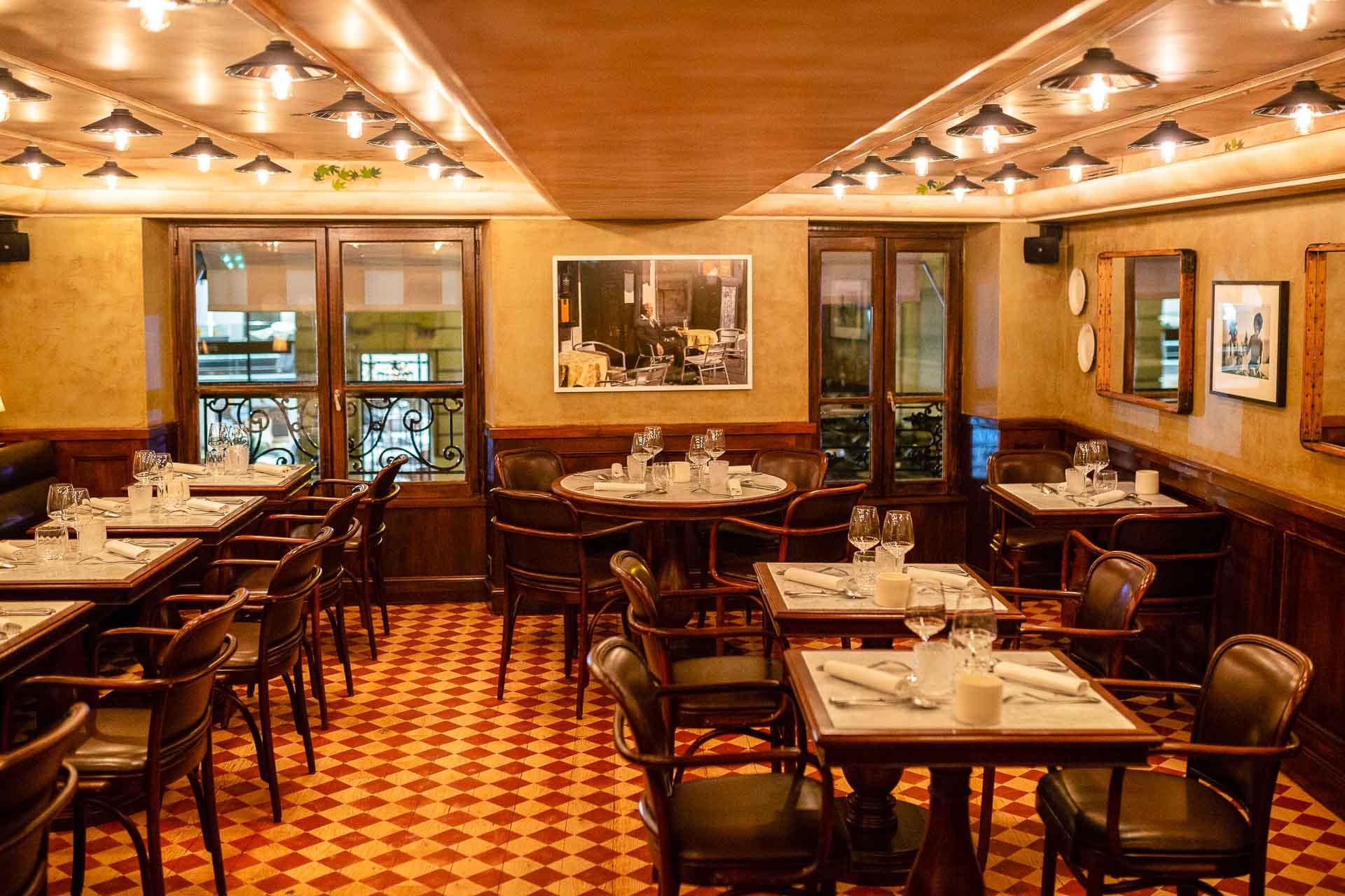 Direction la rue du Bac (7ème arrondissement) où Pierre Gagnaire inaugurait le 12 janvier dernier Piero TT, une trattoria chic en lieu et place de son ancien Gaya. Il y célèbre le meilleur de la cuisine italienne avec le concours du chef sicilien Ivan Ferrara.
