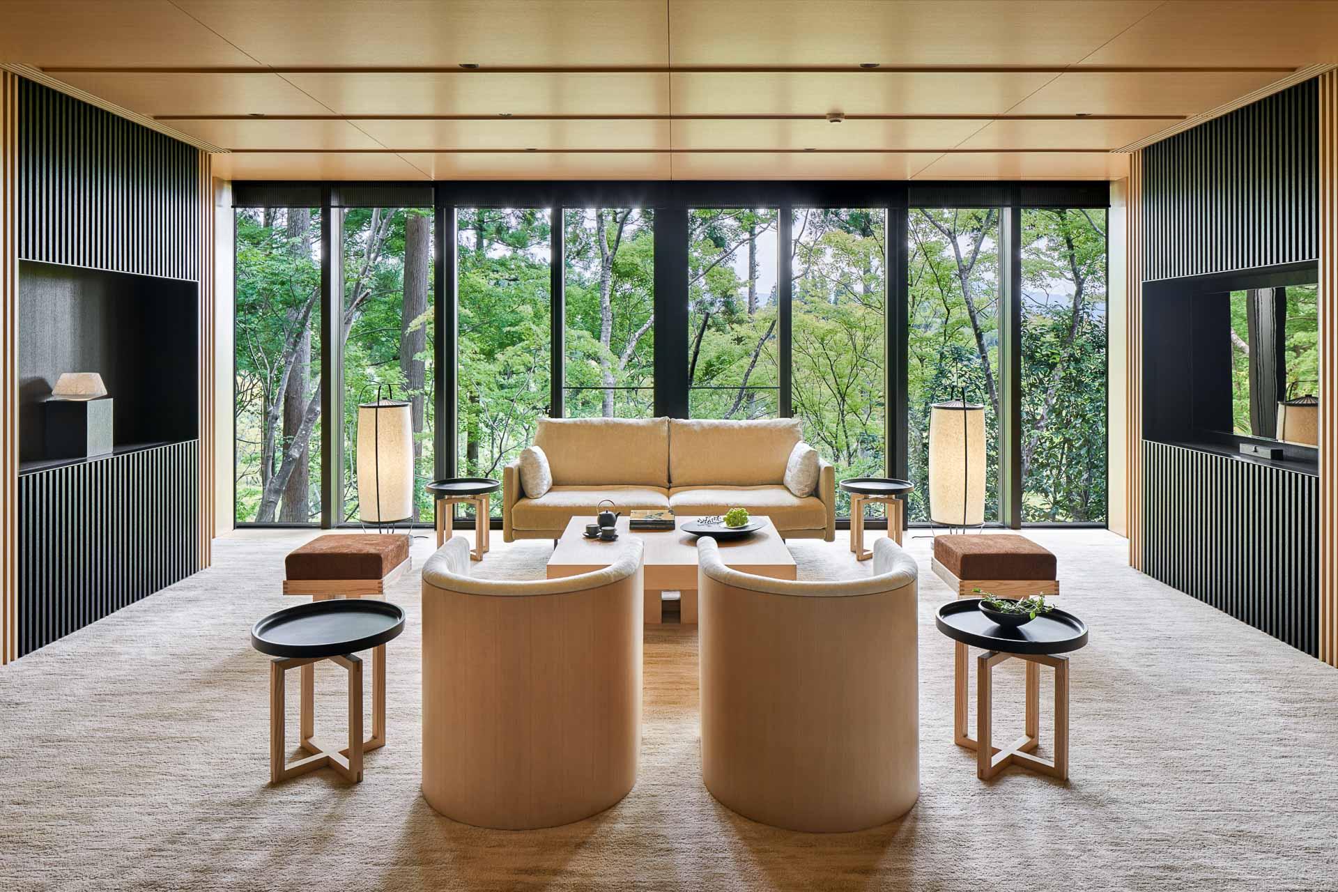 Attendu depuis de longues années, l'Aman Kyoto, troisième propriété d'Aman au Japon, s'apprête à ouvrir ses portes dans l'ancienne capitale impériale du pays. Découvrez les premières images de cette nouvelle adresse exceptionnelle.