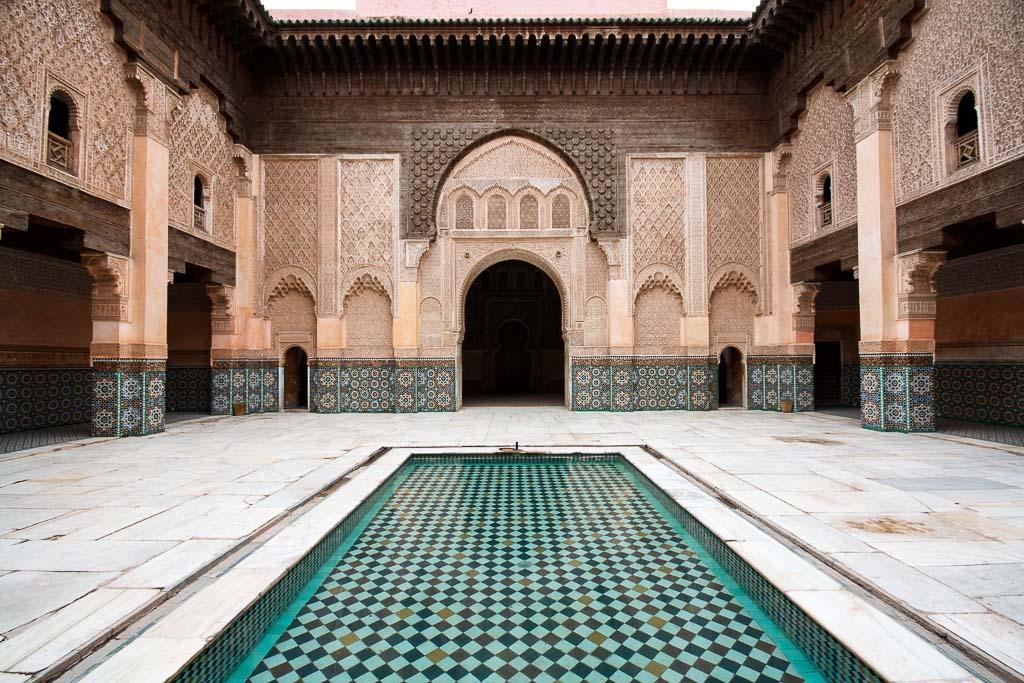 Vous pensez tout connaître de Marrakech ou au contraire vous n'y avez encore jamais mis les pieds ? Dans les deux cas, retrouvez les meilleures adresses de la ville ocre, entre sites incontournables et spots tendances.