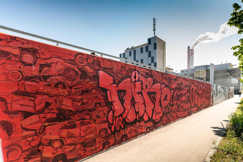 Si la troisième ville de Suisse doit son rayonnement artistique à ses plus de 40 musées et fondations, Bâle est aussi une place forte du street art en Europe. Focus sur une ville à la pointe de l'art urbain à seulement 3 heures de train de Paris avec TGV Lyria.