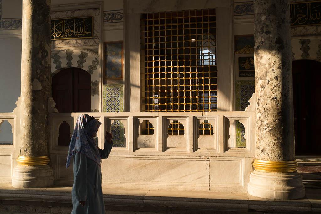 Istanbul, mégapole de plus de 15 millions d'habitants effraie autant qu'elle fascine. Pour ne pas s'y perdre et vivre pleinement l'expérience stambouliote, Yonder a sélectionné le meilleur de la ville, entre adresses branchées et visites authentiques.