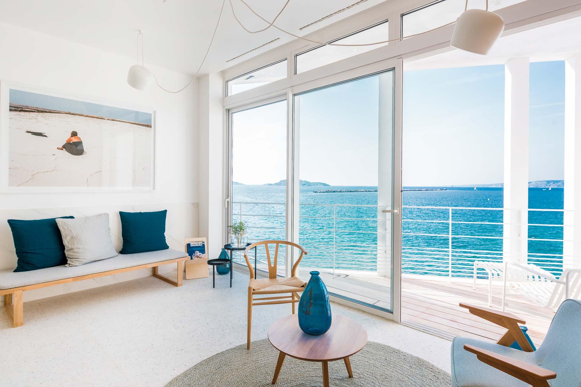 Quels sont les meilleurs hôtels de Marseille ? Sélection de 10 des plus belles adresses (boutique-hôtels, hôtels de luxe, hôtels design, hôtels de charme...) et 3 maisons d'hôtes de la ville.