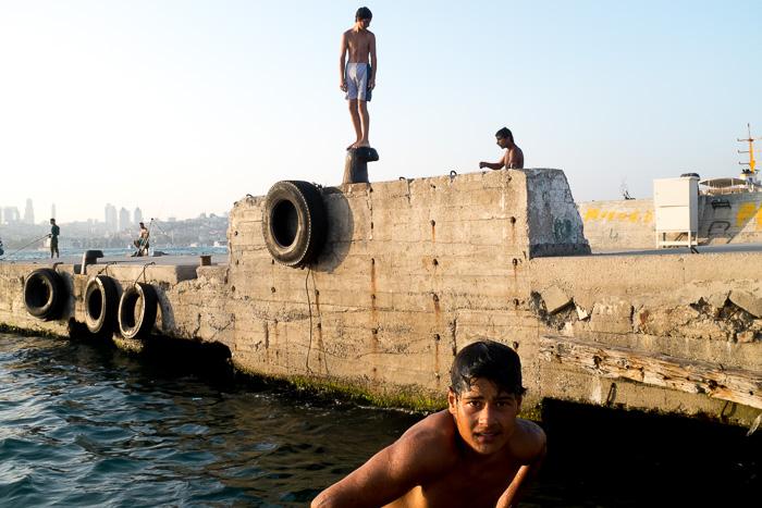 Découverte en images de la jeunesse d'Istanbul dans les différents quartiers de la ville