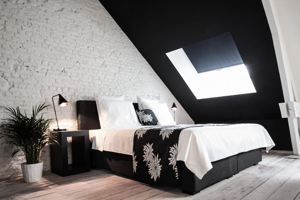 À mi-chemin entre le boutique-hôtel et la maison d'hôtes, Maison Nationale s'impose comme l'une des plus jolies adresses d'Anvers. Suites spacieuses au design contemporain impeccable et prix accessibles : un véritable sans faute.