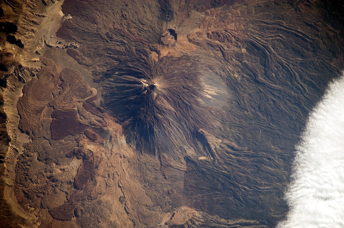 Du sommet enneigé du Teide aux montagnes de feu, ces îles volcaniques n'en finissent pas de surprendre. Découvrez 7 choses étonnantes que vous ne saviez pas à propos des Îles Canaries.