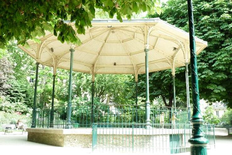 Pour honorer l'éternelle activité champêtre familiale ou sociale du pique-nique; Yonder a listé les meilleurs spots parisiens : confidentiels, paisibles ou charmants.
