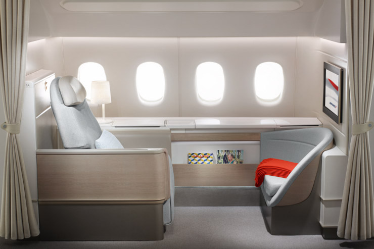 Vous hésitez entre plusieurs compagnies pour votre prochain voyage ? Yonder vous livre le palmarès des meilleures premières classes aériennes pour voler dans le plus grand luxe.