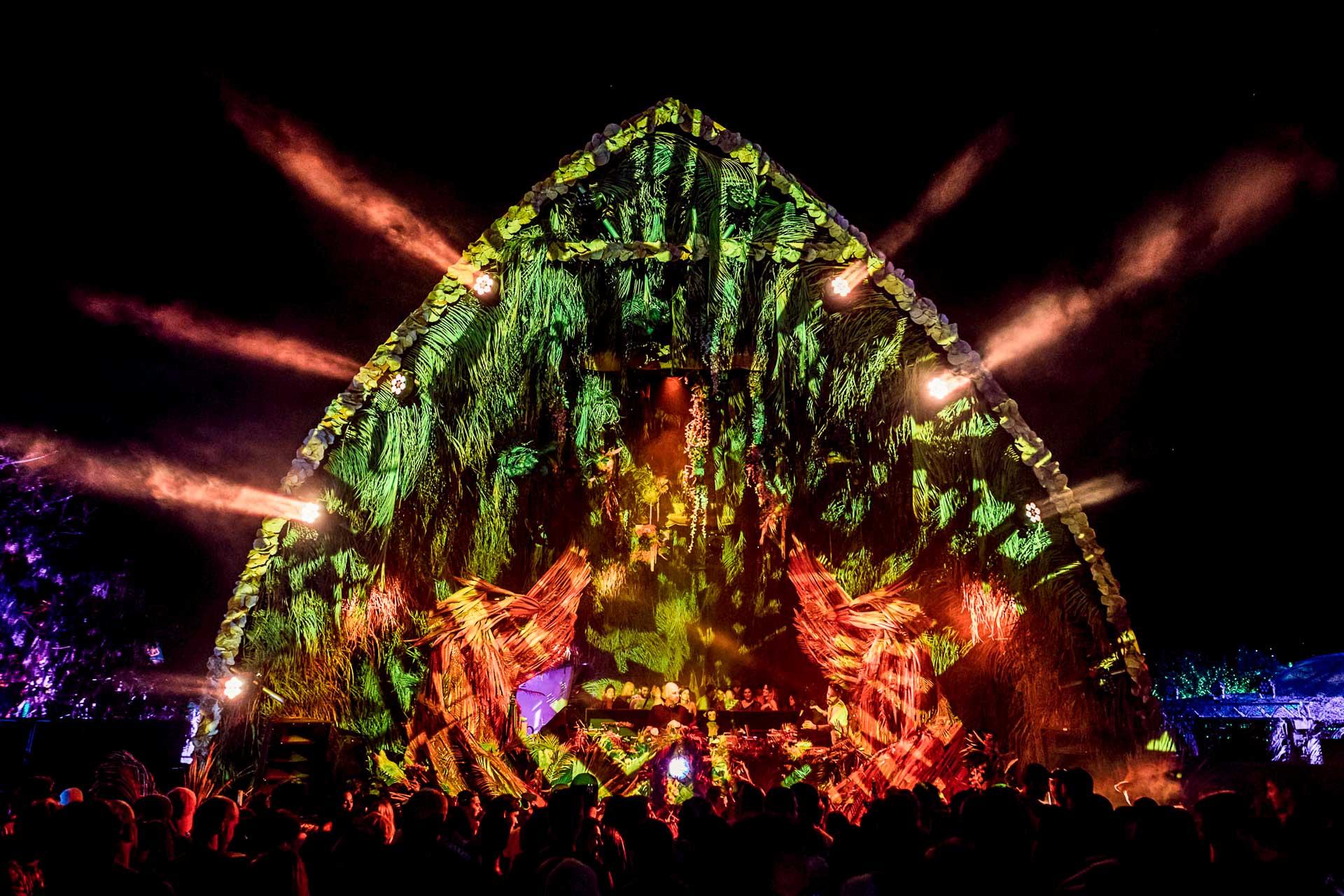 La quatrième édition du SXM Festival se déroulera du 11 au 15 mars prochain sur l'île de Saint-Martin. Le « plus beau festival du monde » promet une nouvelle fois d'être l'événement dédié aux musiques électroniques le plus excitant du printemps.
