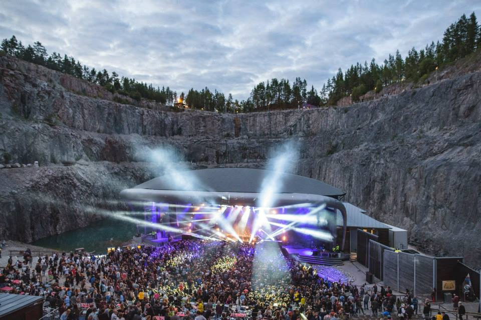 Du 28 au 30 juillet prochain se tiendra, à plus de 300 kilomètres au nord de Stockholm, la seconde édition du déjà culte Into The Valley. Si vous n'étiez pas parmi les premiers à tenter l'expérience l'an passé, il est plus que temps de se rattraper.