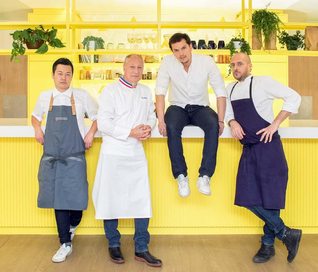 """Les 4 chefs du """"Gang"""" imaginant des plats livrés à domicile pour Frichti © DR"""