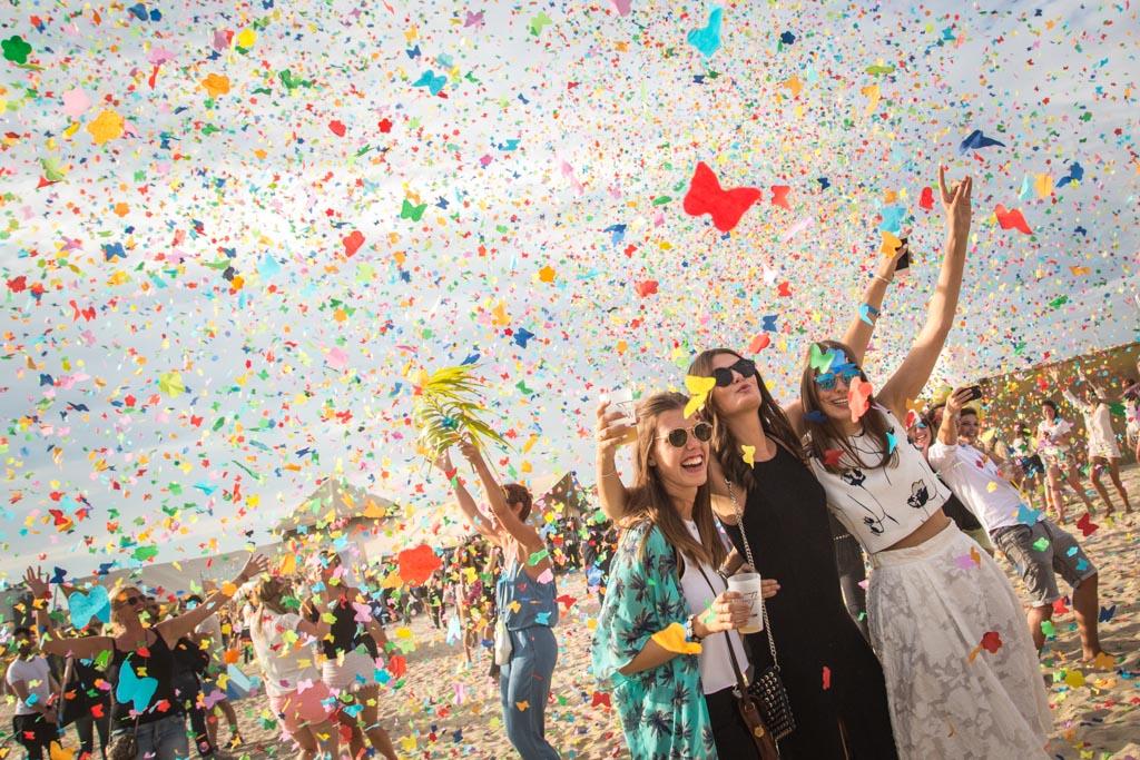 Les 13 et 14 août prochains se tiendra une nouvelle édition du festival WECANDANCE sur la plage de Zeebruges. Au-delà d'un line-up formidable, la présence du grand chef Sergio Herman mérite le voyage jusqu'en Belgique !