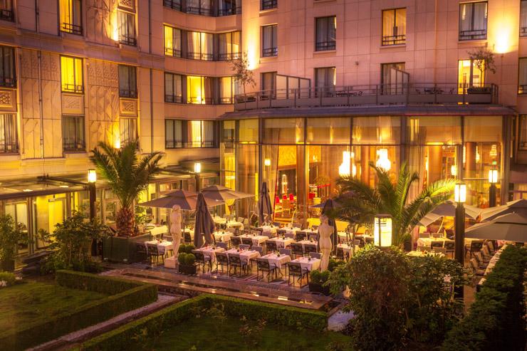 Terrasse du Patio Soir - Hotel du Collectionneur.jpg