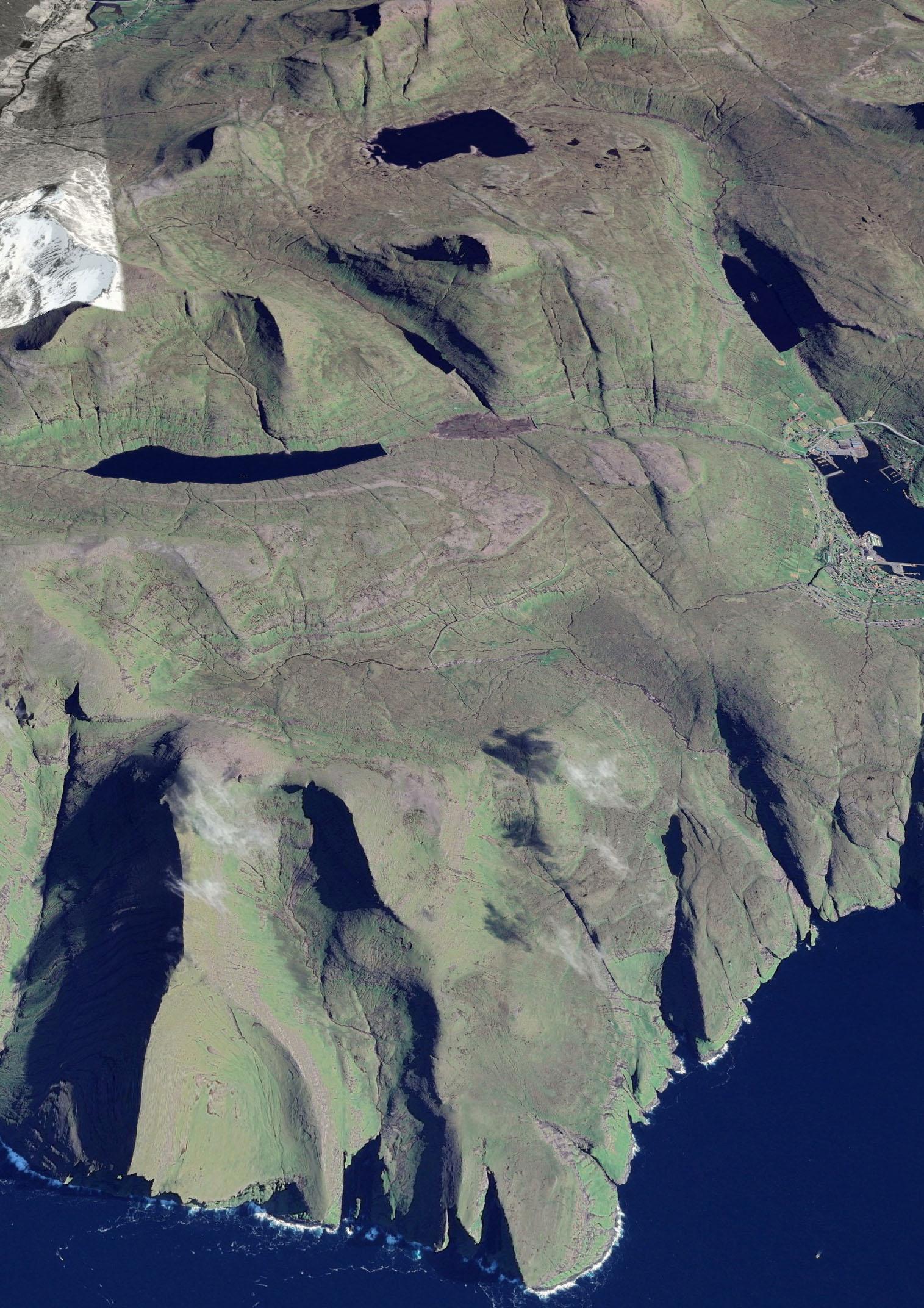 Les falaises de Vestmanna ©Google Earth