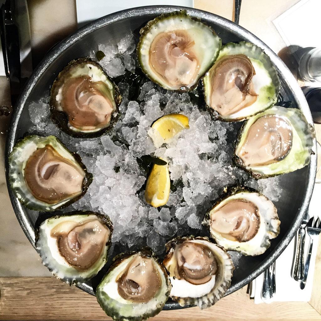Huîtres du Zeeland servies chez Pakhuis © Yonder.fr
