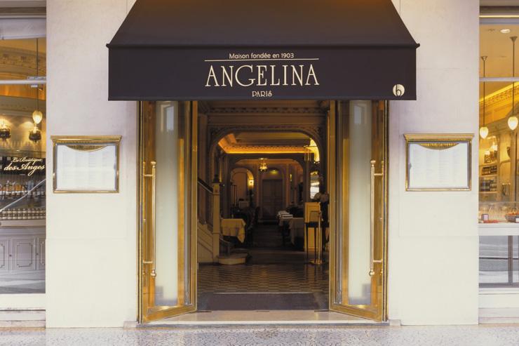 Entrée d'Angelina rue de Rivoli