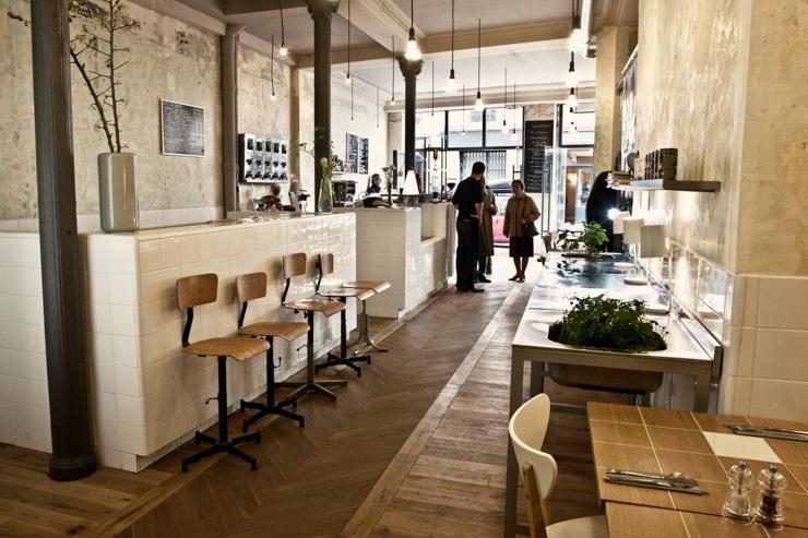 Intérieur du Café Coutume