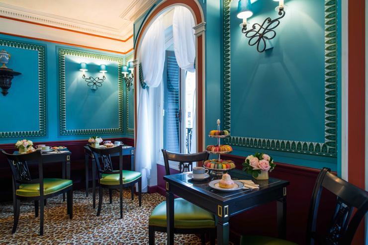 Ladurée - Intérieur du salon de thé