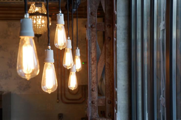 Luminaires - Café Lomi