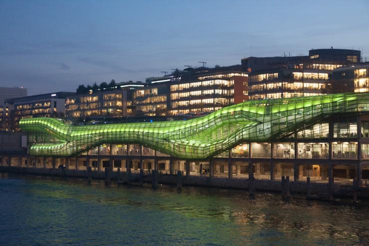 Les Docks, Cité de la mode et du design à la tombée de la nuit